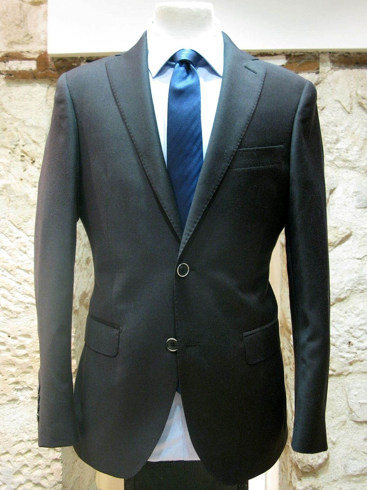 costume homme alessandro gris anthracite laine et cachemire alessandro paris. Black Bedroom Furniture Sets. Home Design Ideas