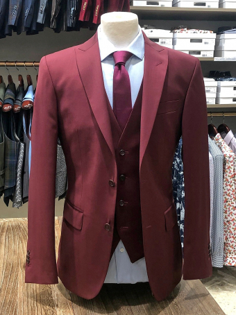 Burgundy waistcoat suit Our selection